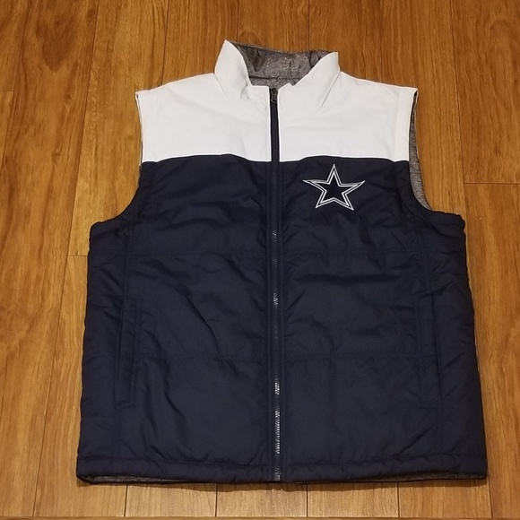 33a9541e0d092 Reversible Dallas Cowboys Vest. M 5ad89a198df47038d1f00066